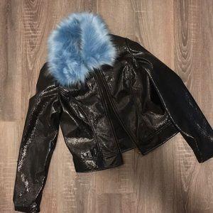 Jackets & Blazers - FAUX FUR COLLAR COAT